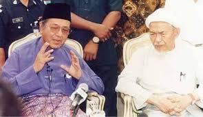 tun mahathir sejarah ringkas perdana menteri malaysia ketujuh 04