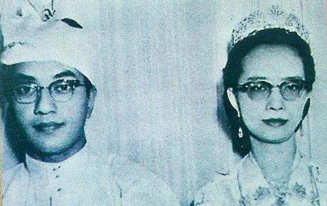 tun mahathir sejarah ringkas perdana menteri malaysia ketujuh 7
