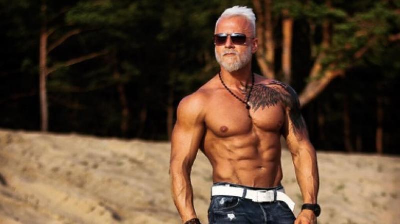 usia bukan penghalang untuk kekal sihat dan tampan