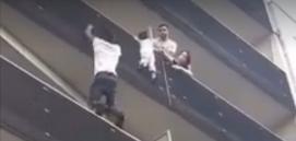 video spiderman islam selamatkan kanak kanak curi perhatian dunia