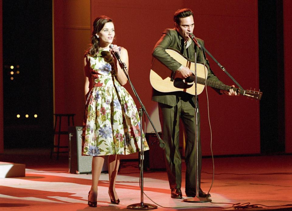 walk the line reese witherspoon joaquin phoenix