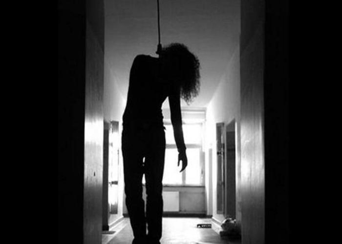 wanita maut gantung diri di kota kinabalu