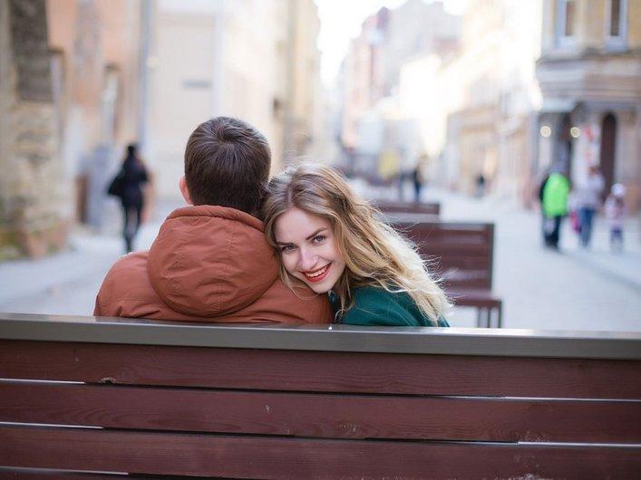wanita tertarik kepada lelaki yang dipercayai