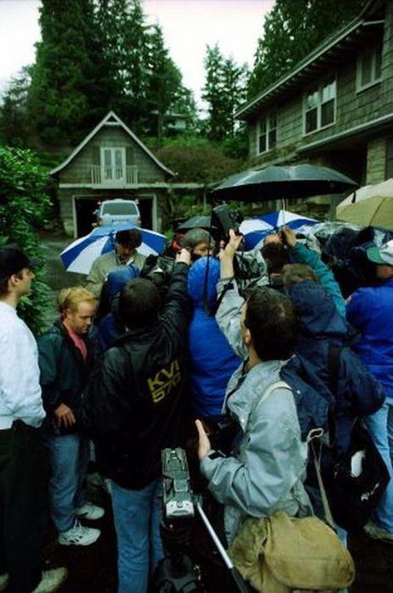 wartawan serbu rumah kurt cobain