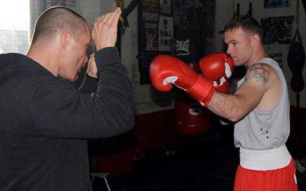 wayne rooney boxing