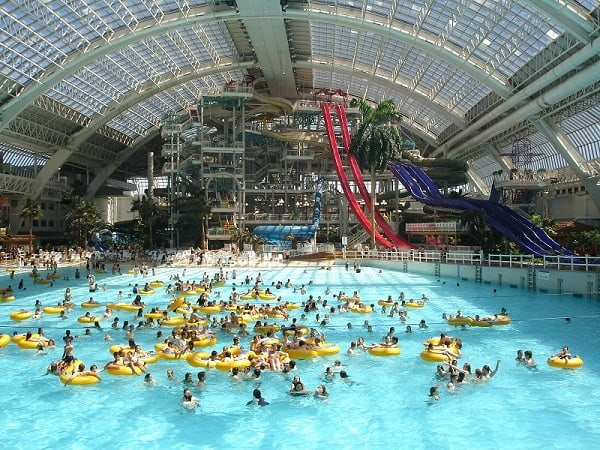 world water park kanada 574