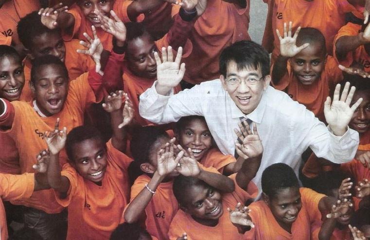 yohanes surya ajar pelajar papua lemah matematik menjadi juara olympiad matematik