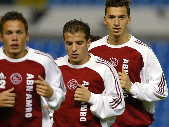 zlatan ibrahimovic dan rafael van der vaart 10 rakan sepasukan bola sepak terkenal yang membenci sesama sendiri