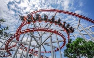 10 Rollercoaster Paling Menakutkan di Dunia