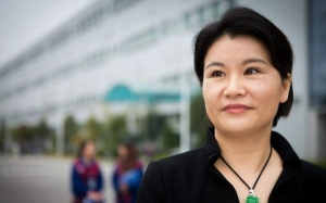 10 Self-Made Billionaire Wanita Paling Kaya Di Dunia