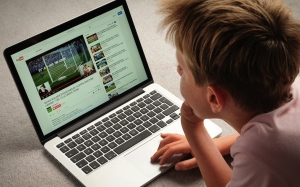 3 Tips Mudah agar Youtube Lebih Selamat untuk Anak