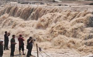 5 Sungai Paling Berbahaya Di Dunia