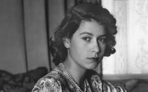 9 Keistimewaan Dinikmati Ratu Elizabeth II Yang Akan Buat Anda Ternganga