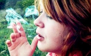 9 Tips Berhenti Merokok yang Berkesan