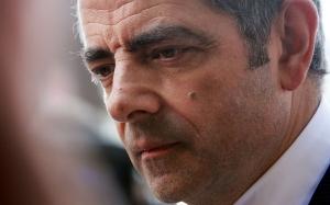 Disebalik Mr. Bean, Rowan Atkinson sebenarnya seorang Wira