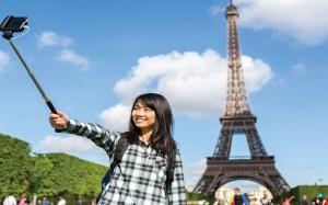 Bil elektrik Menara Eiffel setiap tahun mampu bayar bil elektrik ...
