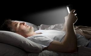 Bluelight : Punca anda mengalami kesukaran untuk tidur