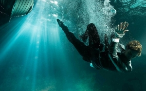 Cara Selamatkan Diri Jika Lemas Dalam Air Dengan Tangan Dan Kaki ...