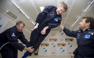 Ketahui bagaimana Stephen Hawking menaip tanpa menggunakan jari