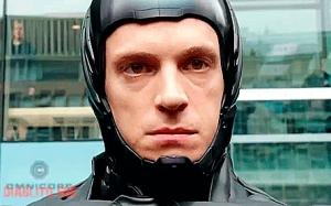 Dengan kecanggihan teknologi, kini semakin ramai cyborg di atas m...