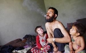 Jika Merokok Itu Hukumnya Haram, Mengapa Anda Merokok?