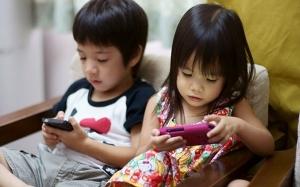 7 Kesan Serius Kepada Otak Dan Kesihatan Kanak-Kanak Akibat Penggunaan Telefon Pintar