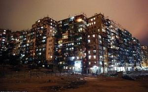 Kowloon Walled City : Penempatan Paling Padat Di Dunia Yang Tiada Undang-Undang