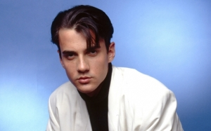 Penyanyi Lagu 'A Shoulder To Cry On', Tommy Page Meninggal Dunia