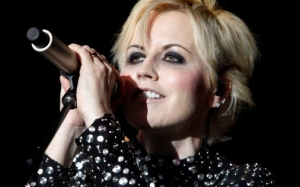 Penyanyi The Cranberries, Dolores O'Riordan Meninggal Dunia
