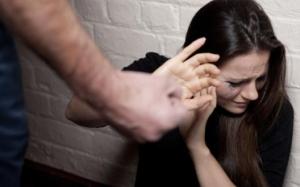Para isteri tidak boleh berdiam diri sekiranya didera suami