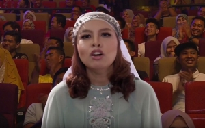 Video Parodi Jihan Muse Tiru Gaya Luna Maya di MLM 2017